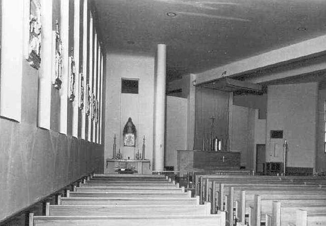 sspeterandpaul_pierre_interior_side_altar