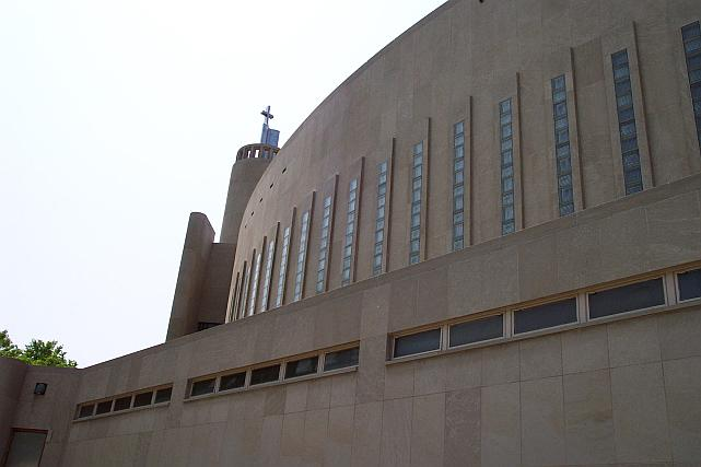 st_columbas_stpaul_frontsideview