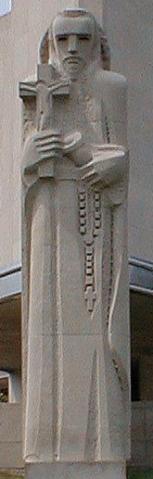 stfrancisxavier_exterior_statue