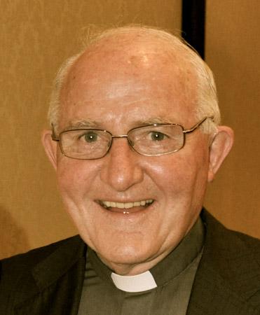 Fr.Kerry-1