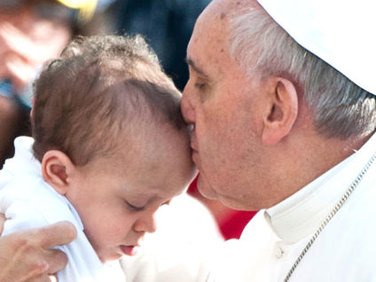 Pope-Francis-kisses-a-baby-in-St-Peter-s-Square-Rome_medium