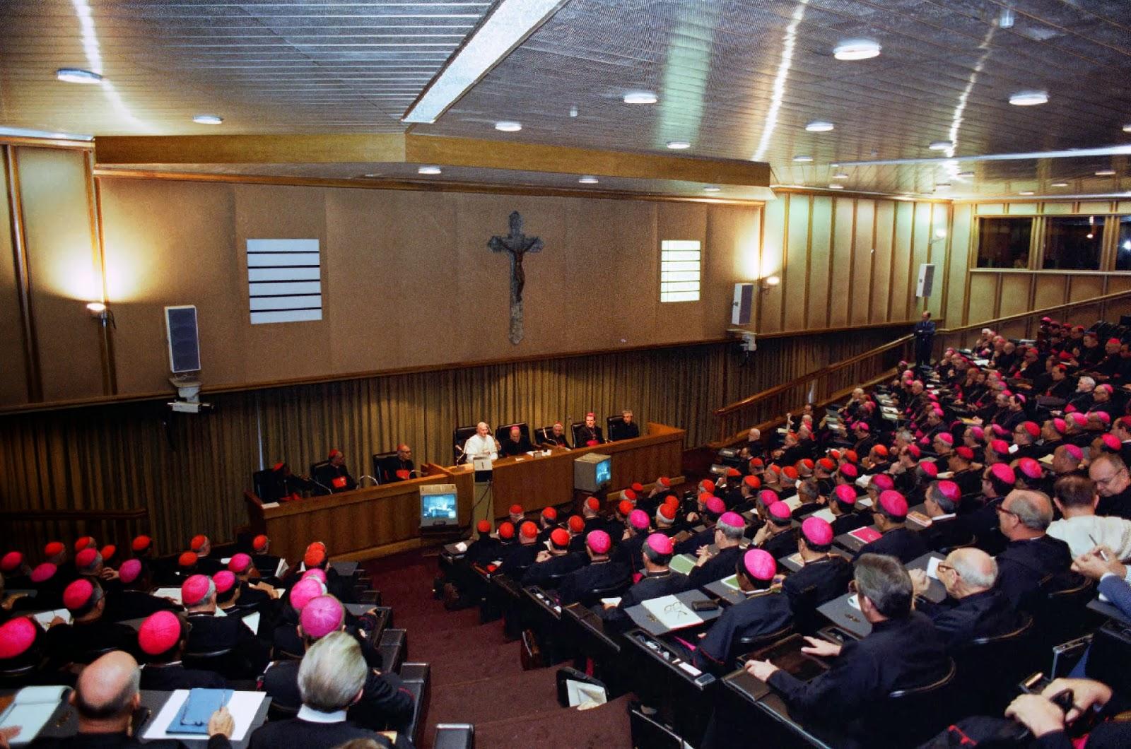 01720_SINODO1980+-+synod+hall+2